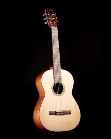 SentanaArt-Guitars-Acoustic-Classic-MH